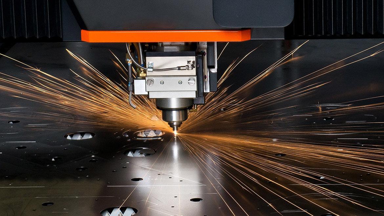 دستگاه CNC برش لیزر RADOX 1kw ابعاد کارگیر 3*1.5 متر